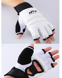 Wholesale Kickboxing Gloves - Wholesale- Tae Kwon Do Gloves +Taekwondo Foot Protector Ankle Support fighting kickboxing gloves taekwondo protector WTF boots Palm protect