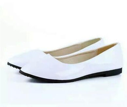 Wholesale White Nurses Shoes - Womens. small fresh flat leather work shoes nurse shoes candy colored patent leather casual shoes OL