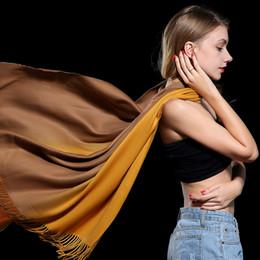 Marca Bufanda Manta Para Mujeres Otoño Invierno Moda Engrosamiento Cachemira Bufandas Borla Cálido Pashmina Gradiente Tie-teñido Chal Largo 250g desde fabricantes