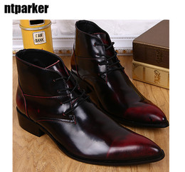 Wholesale dress boot men - Luxury Mens Dress Shoes Fashion Designer Leisure High Top Leather Shoes Short Ankle Boot Lacing Men Boot Pointed Toe