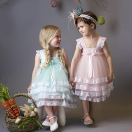 Wholesale white strapless dresses for kids - 2017 Cute Mint Green Pink Lace Wedding Flower Girls Dresses Knee Length Ball Gown Cheap Kids Formal Wear First Commuinon Dress For Girls