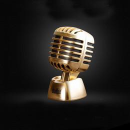 Aceite de coches de época online-Rose Golden / Cinnamon / Black Cologne Vintage Microfono Decoración Solid Oil Car Perfume Ambientador de aire Fit All Car ZA2128