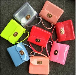 Wholesale Jelly Candy Bags Wholesale - Kid Candy Colors bags shoulder jelly bag Silica Gel Mini messenger handbags tote beach bag kids Purse totes mini Bag KKA2397