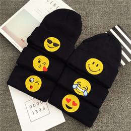 Bonnets noirs pour bébés en Ligne-Nouveau Mode Hiver Noir Couleur Bonnets Emoji Chaud Bonnets En Laine Tricoté Bébé Emotions Bonnets