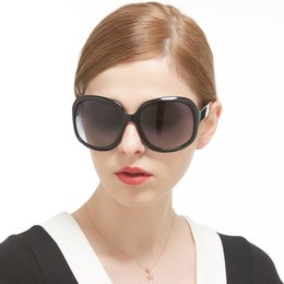 vendas polaroidas Desconto Mulheres clássico óculos polarizados para dirigir óculos de viagem UV400 Moda feminina de luxo óculos de sol acessório de moda venda por atacado
