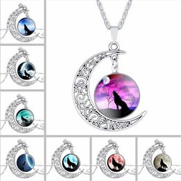Wholesale Mens Wolf Jewelry - Fashion Mens ladies Hollow Moon pendant necklace Time Gemstone Wolf Totem Pendants necklaces Retro alloy chain jewelry For women wholesale