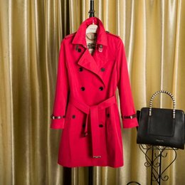 Wholesale Classic Women S Wear - The new style of women's wear classic British style custom long style double-breasted leather cuff with trench coat
