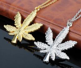 maglione foglia d'acero Sconti 2017 nuova moda donna foglie d'acero collana pendente catena d'argento placcato oro maglione catena a forma di clavicola