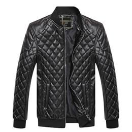 2019 marcas de ropa de moto Hombres de la marca de la chaqueta de la PU de cuero abrigos ciclistas chaquetas de la motocicleta Otoño Primavera Ropa Outwear Abrigo Boy Tops de gran tamaño 3XL Negro marcas de ropa de moto baratos