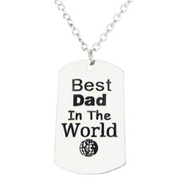 Wholesale wholesale dad gifts - Wholesale-Fashion Best Dad In The World Love Daddy Father Pendant Necklace Family Men Jewelry Gift Silver Plated Necklaces Free Shipping