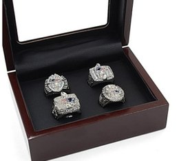 Wholesale England Tin - 4PCS With Wooden box Newest Men fashion sports collection2001 2003 2004 2014 New England Pa triots championship rings set fans souvenir gift