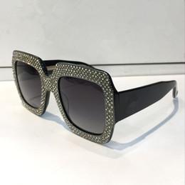 Lüks 0048 Güneş Gözlüğü Büyük Çerçeve Zarif Özel Tasarımcı Elmas Çerçeve ile Dahili Dairesel Lens En Kaliteli Kılıf Ile Gel nereden