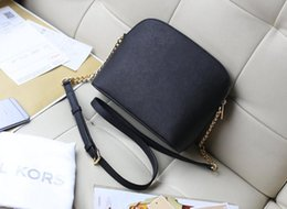 Wholesale United States Brands - High quality brand women messenger bag 2017 new Europe and the United States single shoulder bag fashion chain shell package Selling women's