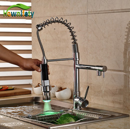 Wholesale Spray Kitchen Sink Faucet - Wholesale- Single Lever Chrome Polished Kitchen Sink Faucet One Hole Mixer Tap LED Colors Pull Down Spray