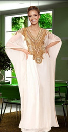 Wholesale Arabic Long Dresses For Women - Gold and White Dubai Evening Dresses 2016 Arabic Kaftan A Line V Neck Bat Short Sleeve Chiffon Maternity Dresses for Women