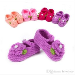 Wholesale Handmade Baby Sandals - Baby First Walkers Toddlers Flower Pearl Crochet Shoes Children Handmade Bead Crocheted Prewalker Girl Sandals Kids Fashion Booties Shoes L5