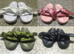 Wholesale Womens Summer Bags - New Leadcat Rihanna Fenty Slide Womens Casual Slippers Pink Black White Green Fashion Girls Indoor Sandals (With Shoebox + Dust Bags)