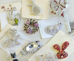 Wholesale Craft Acrylic Jewelry - 10pcs lot Mix Style Fashion Crystal Jewelry Brooches Pins For Jewelry Craft Gift BR03 Free Shipping