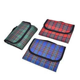 Wholesale Padded Picnic Blanket - Wholesale- 150*80CM Multiplayer Waterproof Moistureproof Outdoor Mat Rug Fold Beach Picnic Blanket Camping Travel BBQ Oxford Cloth Pad