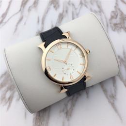 женские наручные часы Скидка Мода Стиль женщины / мужчина Часы Япония механизм Luxury Lady Кварцевые Мужские часы Классический Relojes De Marca Mujer Светящиеся стрелки Оптовая цена