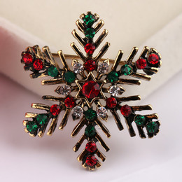 Wholesale Snowflake Brooches Vintage - Wholesale- Vintage Flower Christmas Gift Brooch For Wedding Women Fashion snowflake Brooch Pins Girls Rhinestone Brooch Bouquet Jewelry