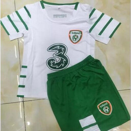 Wholesale Boys 16 - Top quality 2016 2017 ireland kids soccer jerseys 16 17 home away soccer jerseys customzied name number football shirts shorts