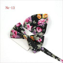 Mens Bow Tie Lenço Flexível Bowtie Suave Gravata de Algodão Macio Borboleta Padrão Decorativo Paisley Laços Da Flor de