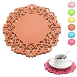 Wholesale Table Mats Design - Wholesale- 2PCS house table decoration Round Design Cup Bowl Insulation Mat Table Non-Slip Potholder Tableware Pad top sale