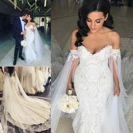 Plus Size 2019 Mermaid Brautkleider Mit Schal Robe de mariee Applique Perlen Brautkleider Gericht Zug Mantel Brautkleider von Fabrikanten