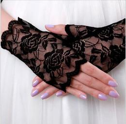 Wholesale Crochet Fingerless Gloves Wholesaler - Free shipping!2016 Anti-ultraviolet lace Bridal Gloves in Stock wrist Length fingerless 3 color Bridal Gloves For Wedding AOP-0020