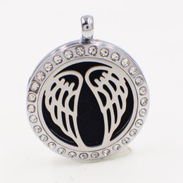 Wholesale Feelings Free Crystal - Angel Wings XX058 Perfume Aromatherapy Essential Diffuser Locket Alloy Crystal 30mm Hollow locket Silver Free Felt Pads Best Birthday Gift