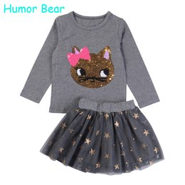 Wholesale- Humor Bear NEW Autumn Baby Girl Clothes Girls Clothing Sets Cartoon Sequins Cat Long Sleeve+Stars Skirt Casual 2PCS girls suits от Поставщики юмор мультфильм