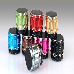 Wholesale Brand Fi - Mini Bluetooth Speaker S28 Metal Steel Wireless Smart Hands Hi fi speaker With FM Radio Support SD Card Colors Mixed DHL free shipping