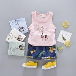 Wholesale Boys Giraffe Clothes - baby boy clothes New Summer Cartoon Boys Clothing Sets Toddler Outfits Giraffe Tank Tops + Floral Shorts 2pcs Suits C1084
