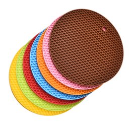 Wholesale Thick Silicone Pads - Wholesale- New 1 PCS Thick Round Silicon Pad Table Mat Durable Non-Slip Mat Coaster Cushion Placemat Pot Holder Heat Resistant Can Hung Up