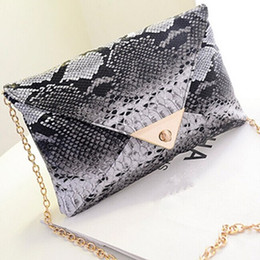 Wholesale Evening Bags Lace - Wholesale-2016 New Fashion Women's Synthetic Leather Messenger Bag Snake Skin Envelope Bag Day Clutches Purse Evening Bag Drop Shipping