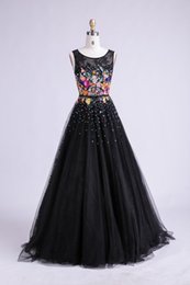Wholesale Tank Strap Long Prom Dresses - Women Long Black Evening Dress 2017 Sexy Tank Sleeveless Lace Tulle Appliques Ball Gown Formal Prom Dress