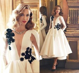 Wholesale Couture Satin Yellow Short Dress - 2017 Sexy Fashion Couture White Applique Evening Dresses Long Sleeve Formal Dress With Black Women Night Party Dresses Gowns Custom Made