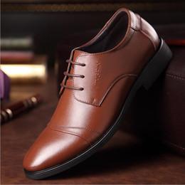Wholesale Shoes Uk Man - 2017 HOT Big UK size 6.5-10 man dress shoe Luxury Men's Business Oxfords Casual Shoe Black   Brown Genuine Leather Derby Shoes