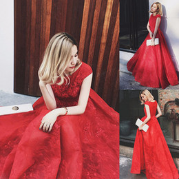 Wholesale Oriental Chinese Dress - Stunning Red Lace Oriental Chinese Evening Dress Cheap Elegant Long Prom Dresses with Cap Sleeve Formal Party Dress Vestidos De Formatura