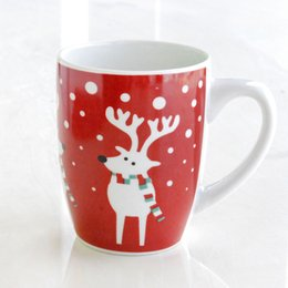 Wholesale Ceramic Containers Wholesale - 10cm White Elk Glaze Cup Water Milk Coffee Container Christmas Theme Ceramic Cup Santa Claus Handgrip Mug