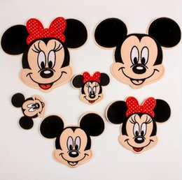 Wholesale Embroidery Clothing Accessories - Embroidery Patch Cartoon Mickey Minnie Mouse Embroidery Iron On Patch Badge Bag Applique Craft Clothes Accessories Iron on Patches