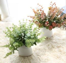 L'agrifoglio di tatto della mano lascia le piante della vegetazione 2 colori fiori di seta artificiali bouquet nuziale o decorazione di festa di festa nuziale di nozze 20202 da