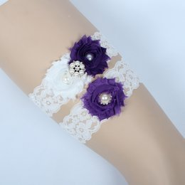 Wholesale Vintage Wedding Garter Sets - Vintage Bridal Garters Prom Garter Bridal Wedding Garter 2 Piece set Purple Lace Rhinestones Pearls Crystals In Stock Cheap Plus Size