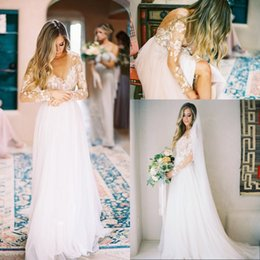 Wholesale Romantic Country Style - 2017 New Romantic Bohemian Long Sleeves Tulle Wedding Dresses Sheer Neck Appliqued Lace Country Style Beach Bridal Gowns