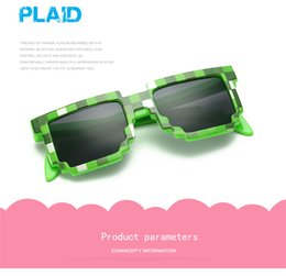 Wholesale 2017 Vintage Square Novelty Mosaic Sun Glasses Unisex Pixel Sunglasses Trendy Minecraft Glasses With Case Children Gift