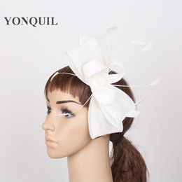Wholesale fascinator headpieces - White NEW arrival fascinator feather hair accessories Women Cocktail Party headwear decorative hairbands Imitation Sinamay headpiece craft