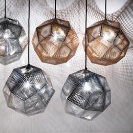 2019 bola de ouro pingente de luz Pendent Lamp Pendent Luz Etch Shade Lâmpada Pingente Modern bronze pingente de luzes de prata bola de prata lâmpada 22 cm / 32 cm / 47 cm luz pendente bola de ouro pingente de luz barato
