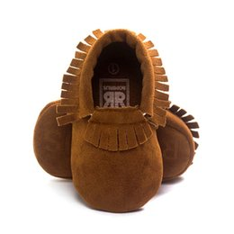 Wholesale coral baby shoes - Wholesale- Newborn Baby Boy Girl Tassel Soft Soled Non-slip Crib Shoes Infant Coral Velvet Moccasins