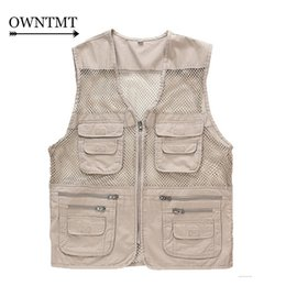 Wholesale Summer Men s Mesh Vests Multi pockets Director Reporter Vests Quick Dry Sleeveless Jacket Photography Cameraman Travels Clothing